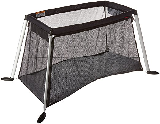 Phil-and-teds-traveller-travel-cot